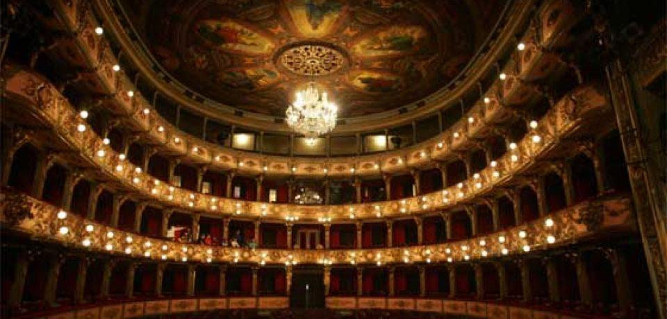 Reabre el Teatro Colón de Buenos Aires