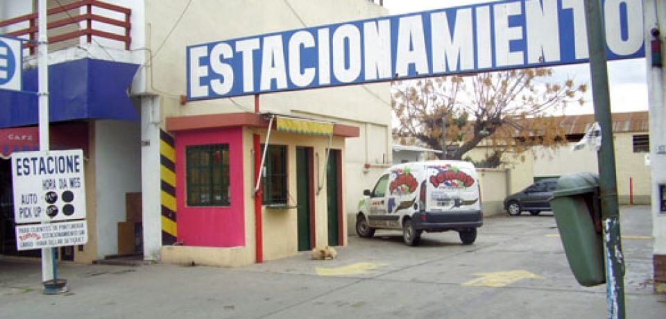 PROHIBIDO ESTACIONAR (SI NO TENÉS GUITA)