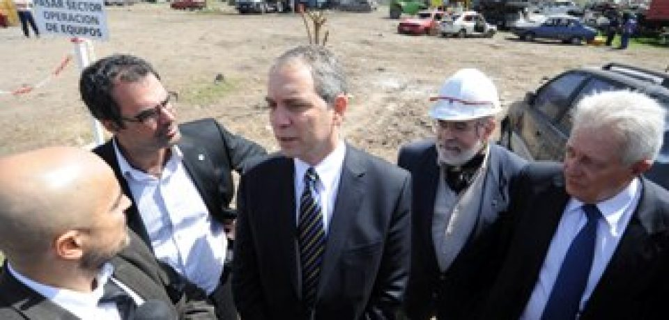 VILLA SOLDATI: EL MINISTRO ALAK Y EL JUEZ GALLARDO EN LA PLAYA JUDICIAL