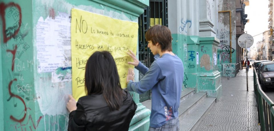 LICOR DE WEB: COLEGIOS TOMADOS: UNA VISIÓN