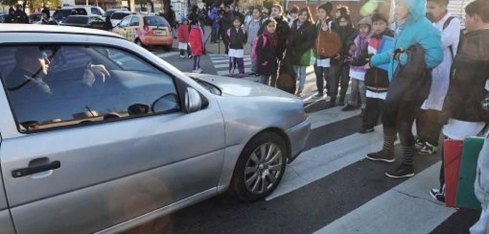 VILLA LUGANO: LA ESCUELA 4 SIN CLASES POR SERIOS PROBLEMAS EDILICIOS