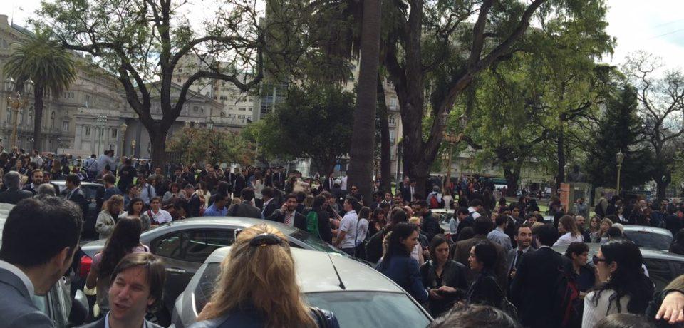 EVACÚAN EL PALACIO DE TRIBUNALES POR AMENAZA DE BOMBAS
