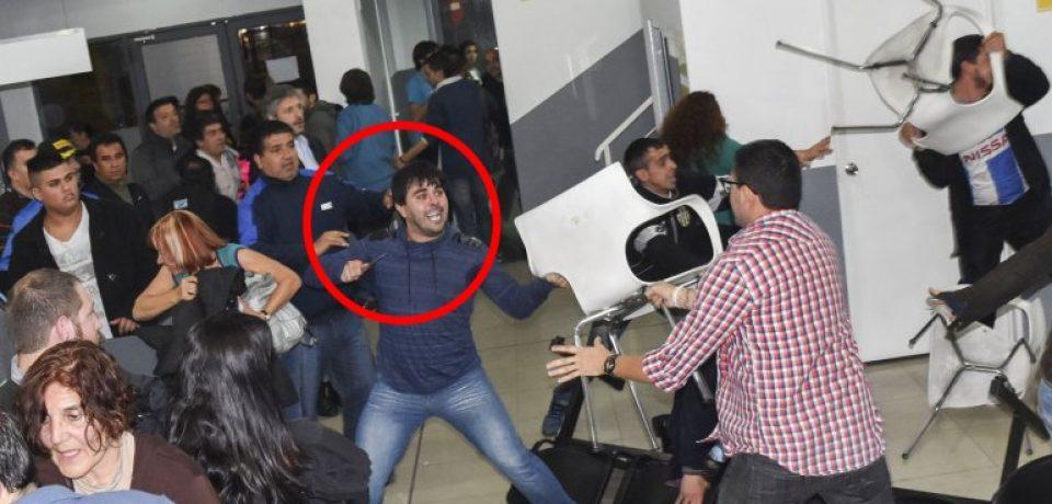 Apuñalaron a un hombre y golpearon a Fernando Abal Medina en una reunión de la Comuna 4