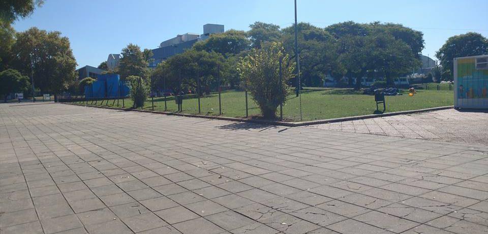 Rejas en el Parque Alberdi