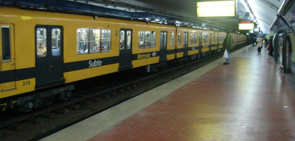Buenos_Aires_-_Subte_-_Diagonal_Norte_2