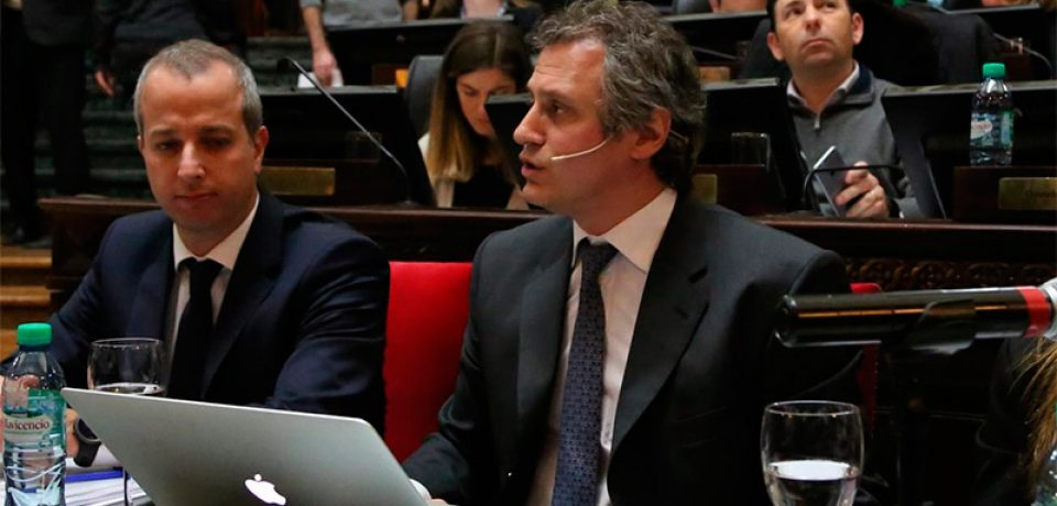 Felipe Miguel se presentó en la Legislatura