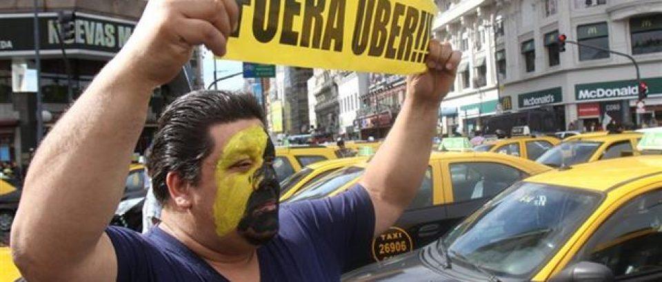 Condena por obstruir el tránsito