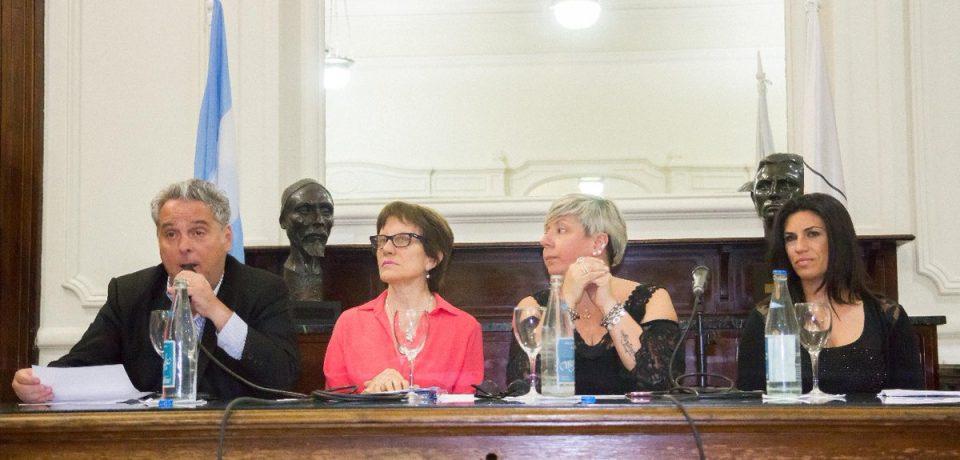 Homenaje a los artístas de la Comuna9