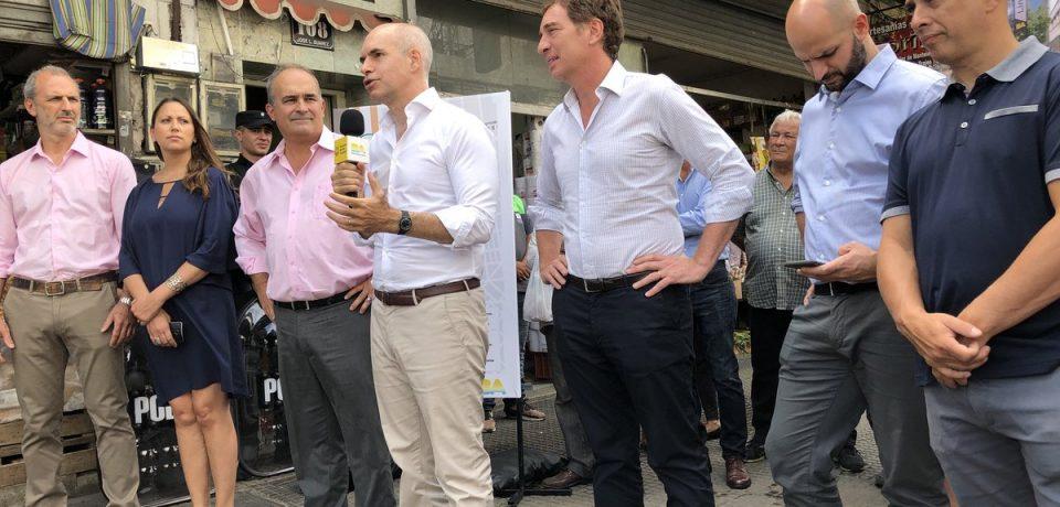 Luego del desalojo a los manteros, Larreta visitó el barrio de Liniers