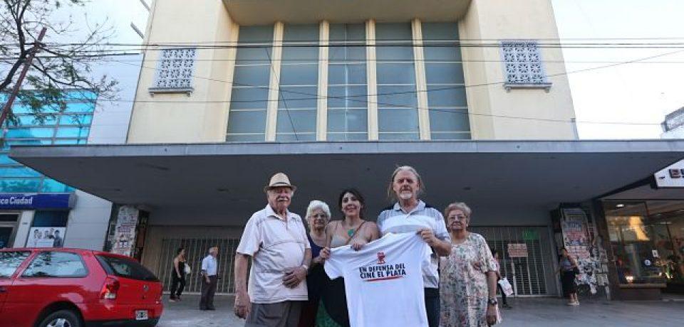 Los vecinos volvieron a pisar el Cine El Plata