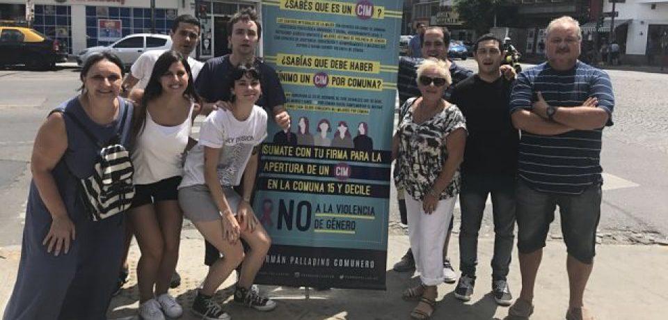 Juntan firmas para instalar un Centro Integral de la Mujer en la Comuna 15