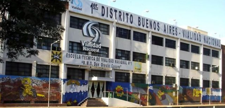 Los trabajadores de Vialidad reclaman falta de pago a los docentes