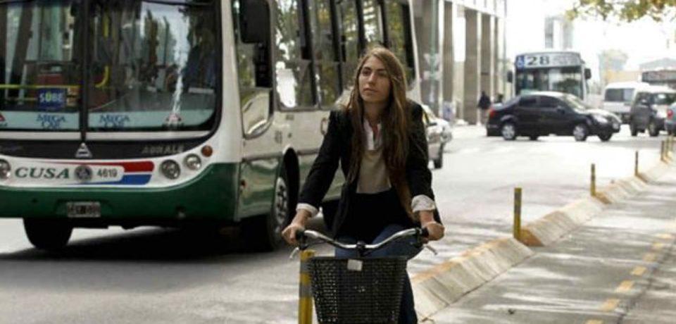 Siete de cada diez muertes en accidentes viales porteños son motociclistas y peatones