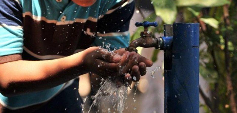 """""""Uno de cada siete porteños no accede al agua potable segura"""""""