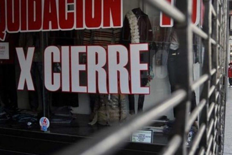 Cerca de 750 comercios porteños cerraron en enero