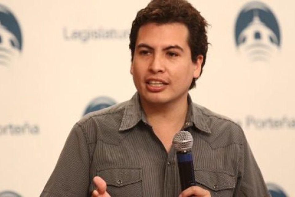 """Emergencia tarifaria: """"Faltan las firmas de Evolución y el Socialismo"""""""