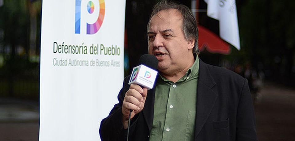Resultado de imagen para Fernando Muñoz, coordinador del Programa de Atención a Inquilinos de la Defensoría del Pueblo,