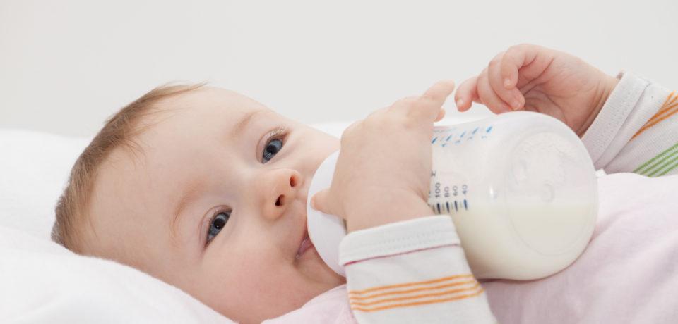 Cobertura universal y gratuita de leches medicamentosas