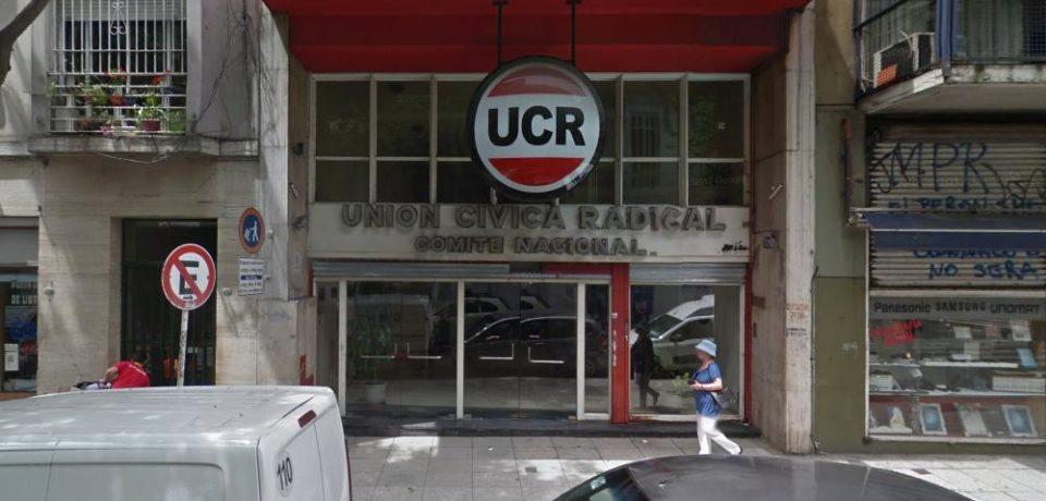 Fuego amigo: la UCR porteña criticó la gestión económica nacional